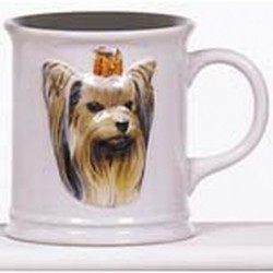 Cana cu catel Yorkie in relief