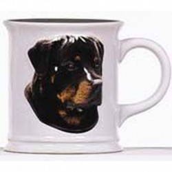 Cana cu catel rasa Rottweiler in relief